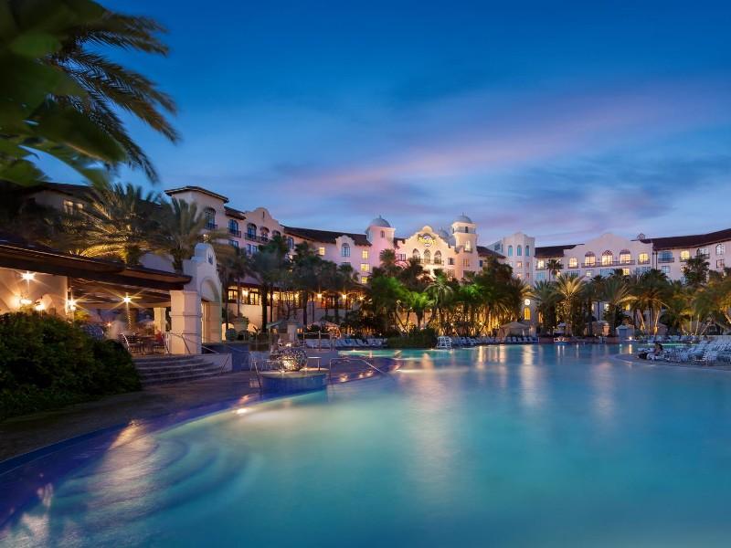 Hotels Near Universal Studios >> 12 Best Hotels Near Universal Studios Florida Tripstodiscover