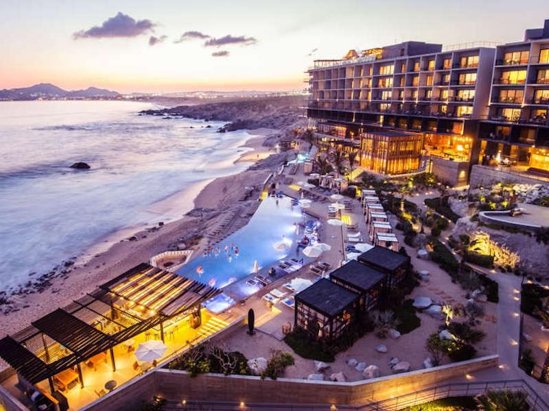 10 Best Honeymoon Resorts in Cabo San Lucas - TripsToDiscover