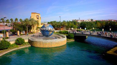 Universal Globe at the entrance to Universal Orlando Resort