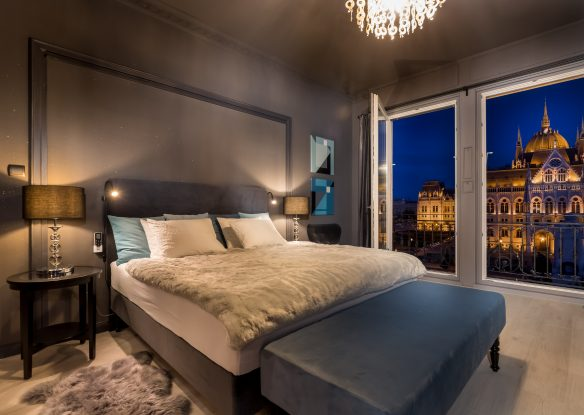Bedroom with Parliament view