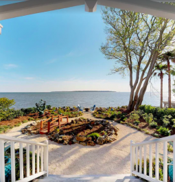 Beachfront Oasis, 4 Bedroom, 3.5 Bath House Steps From The Water St. Simons Island