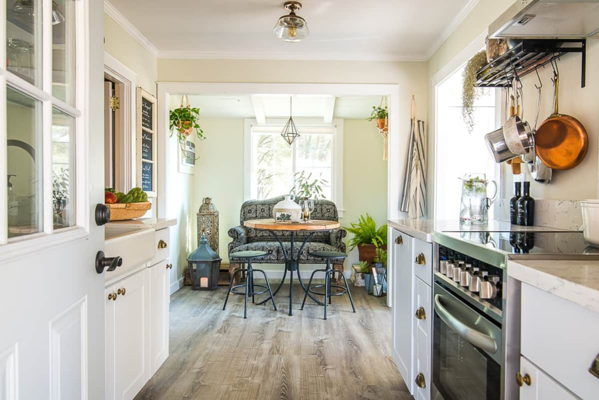 Kitchen in the Vintage Ranch cottage