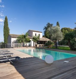 Exterior of Superb Villa with 5 Rooms and a Heated Pool in Cannes